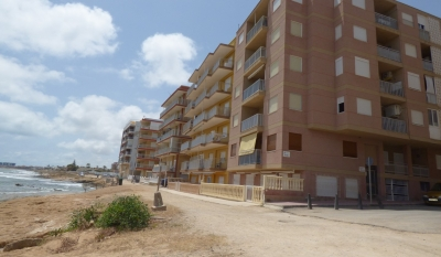 Apartment - Sale - Torrevieja - Los Naúfragos Beach
