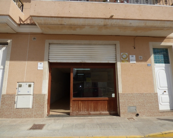 Commercial - Long time Rental - Los Montesinos - center