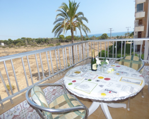 Apartment - Sale - Orihuela costa - Punta Prima