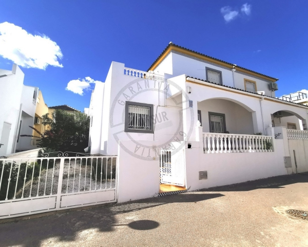 Townhouse - Sale - Torrevieja - Los Balcones Urbanization